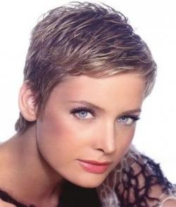 долговременная укладка на средние волосы Salon Krasotyru